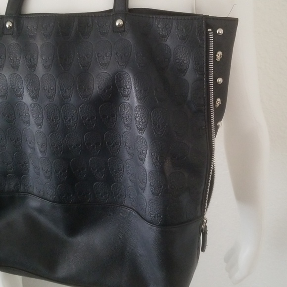 74b1095f2d Handbags - Skulls Studs Black Large Shopper Purse Bag